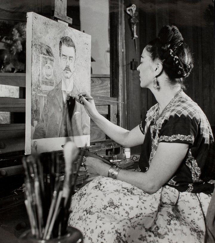 frida-painting-portrait-of-my-father-guillermo-kahlo-in-1951-10-years-after-his-death