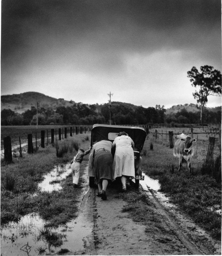 jeff-carter-1928-2010-tobacco-road-ovens-valley-victoria-1956.jpg
