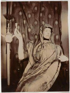 fernand-khnopff-portrait-de-marguerite-khnopff-1901