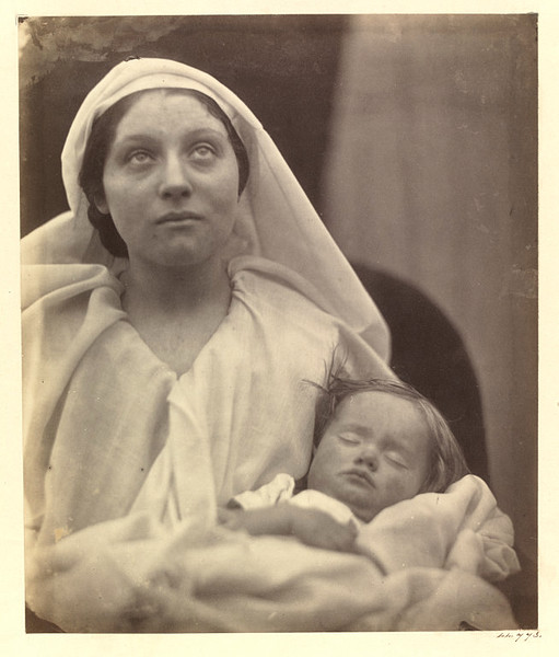 julia-margaret-cameron-la-madonna-esaltata-fervent-in-prayer-1865