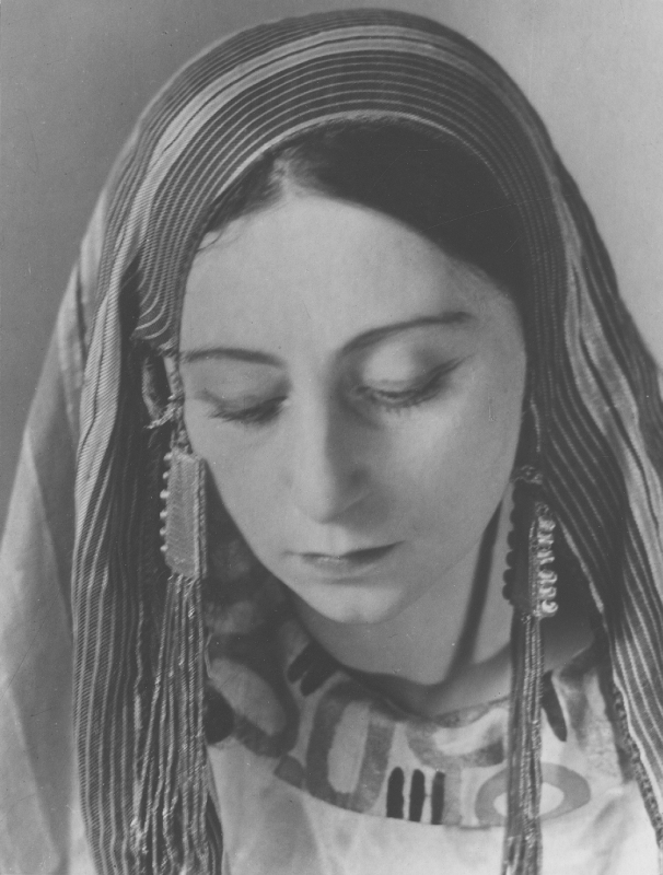 Kraus, Gertrude
