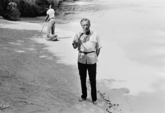Harry Benson (1964) Ian Fleming, Jamaica.