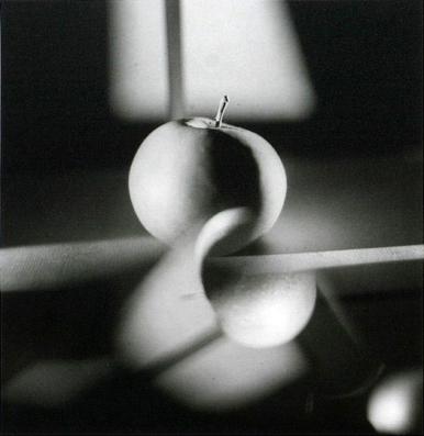 Jaroslav Rossler (n.d., probably 1927) Surimprese Jablka (Superimposed Apples) 20.5-x-20 cm
