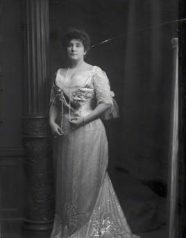 by Henry Walter ('H. Walter') Barnett, half-plate glass negative, 1902