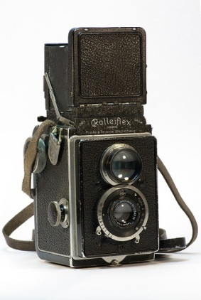 Rolleiflex with Zeiss Tessar f3.8, 6x6, released 1928.