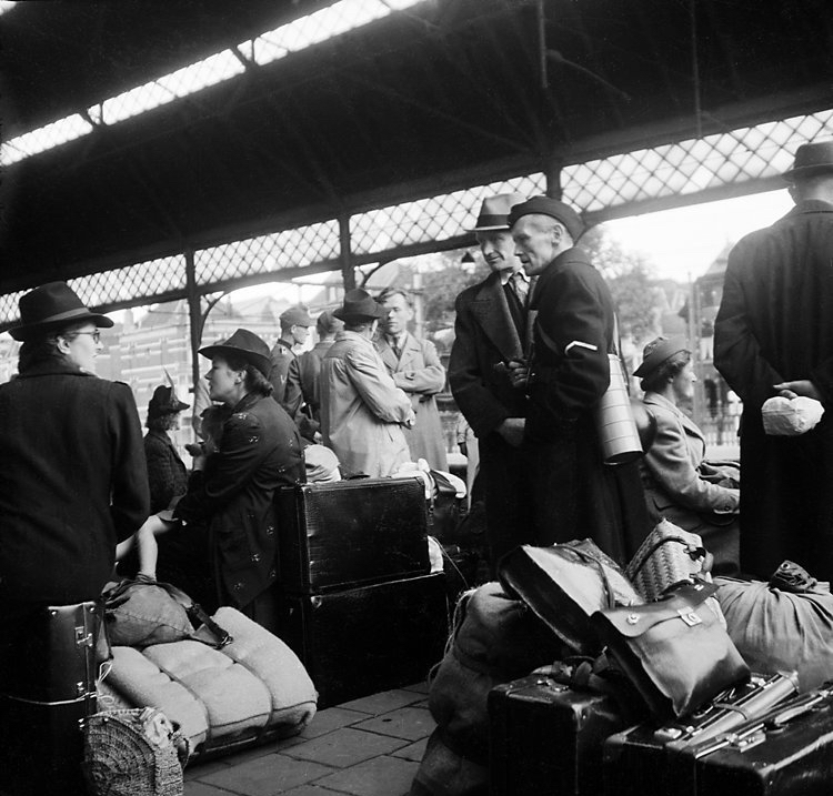 state-rail-station-on-mad-tuesday-the-hague-september-5-19442.jpg