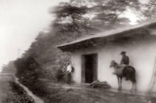 bernard-plossu-from-the-series-from-the-north-mexican-tropics-1981