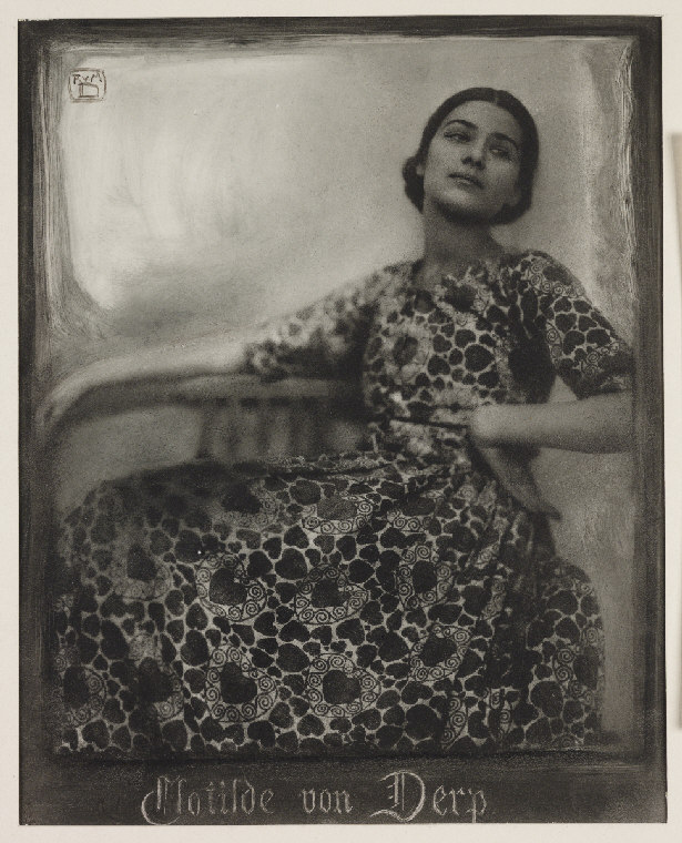 duhrkoop-rudolf-1848-1918-diez-duhrkoop-minya-1873-1929-date-1912-description-a-bromoil-print-photograph-of-the-dancer-clotilde-von-derp-1892-1974-taken-by-rudolf-duhrkoop-and-minya-diez