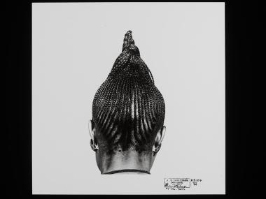 J. D. 'Okhai Ojeikere, (1974) Beri Beri