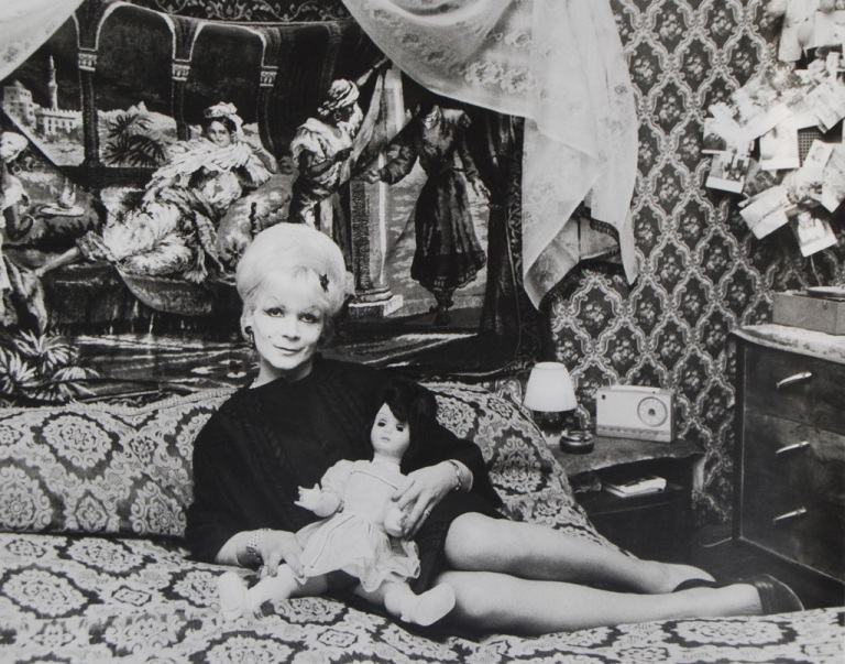 lisetta-carmi-i-travestiti-genova-1965-71