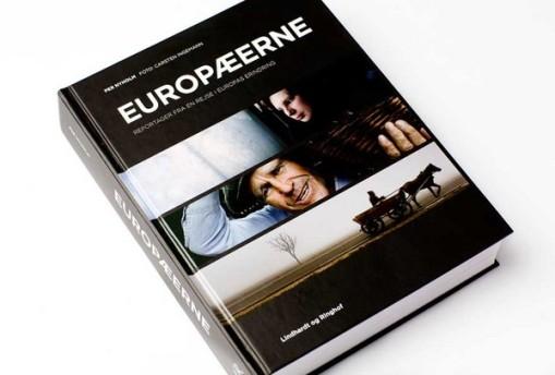 Per Nyholm, author & Carsten Ingemann, photographer (2009) Europæerne : reportager fra en rejse i Europas erindring: Lindhardt og Ringhof.