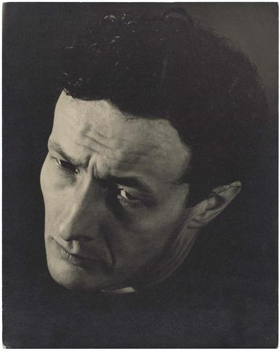 jean-louis-barrault-expression-de-hamlet-to-be-or-not-to-be-date-de-prise-de-vue-1947