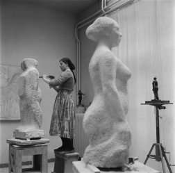 Maria Austria (1962) Sculptor at work at Academy of Fine Arts, Amsterdam.
