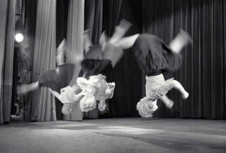 Maria Austria (1959) Dancers somersault in Circus Terlenka performance.