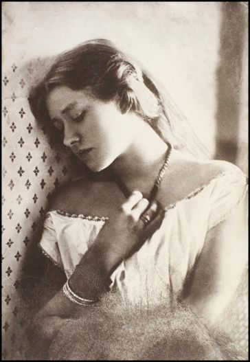 Julia Margaret Cameron (27th February 1864) Ellen Terry, aged sixteen, sepia photograph on paper.