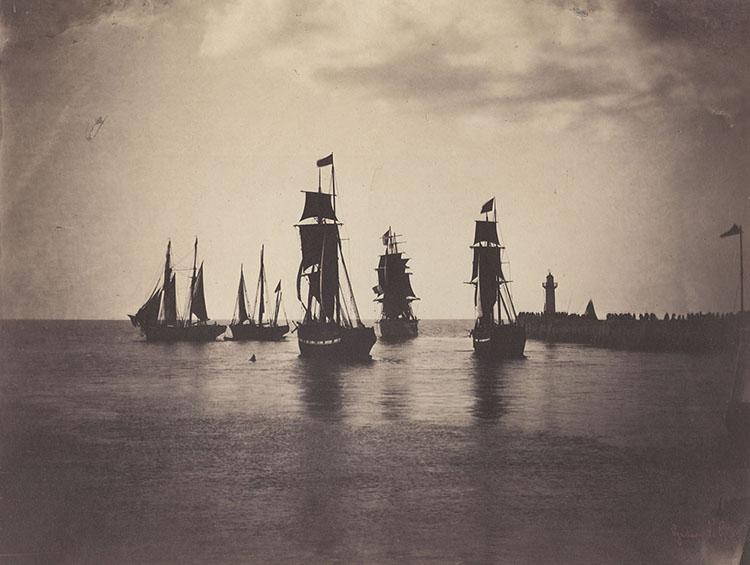 Le Gray ships