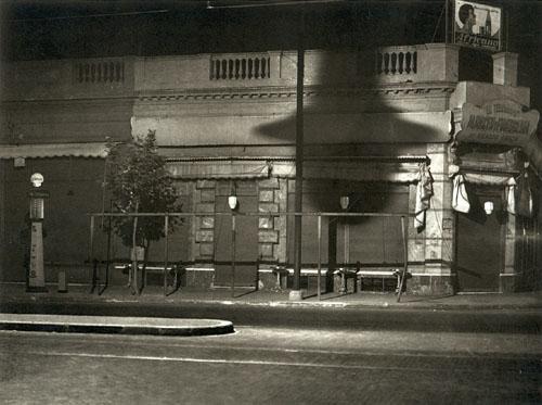 Nocturno, calle Corrientes al 3000, 1936