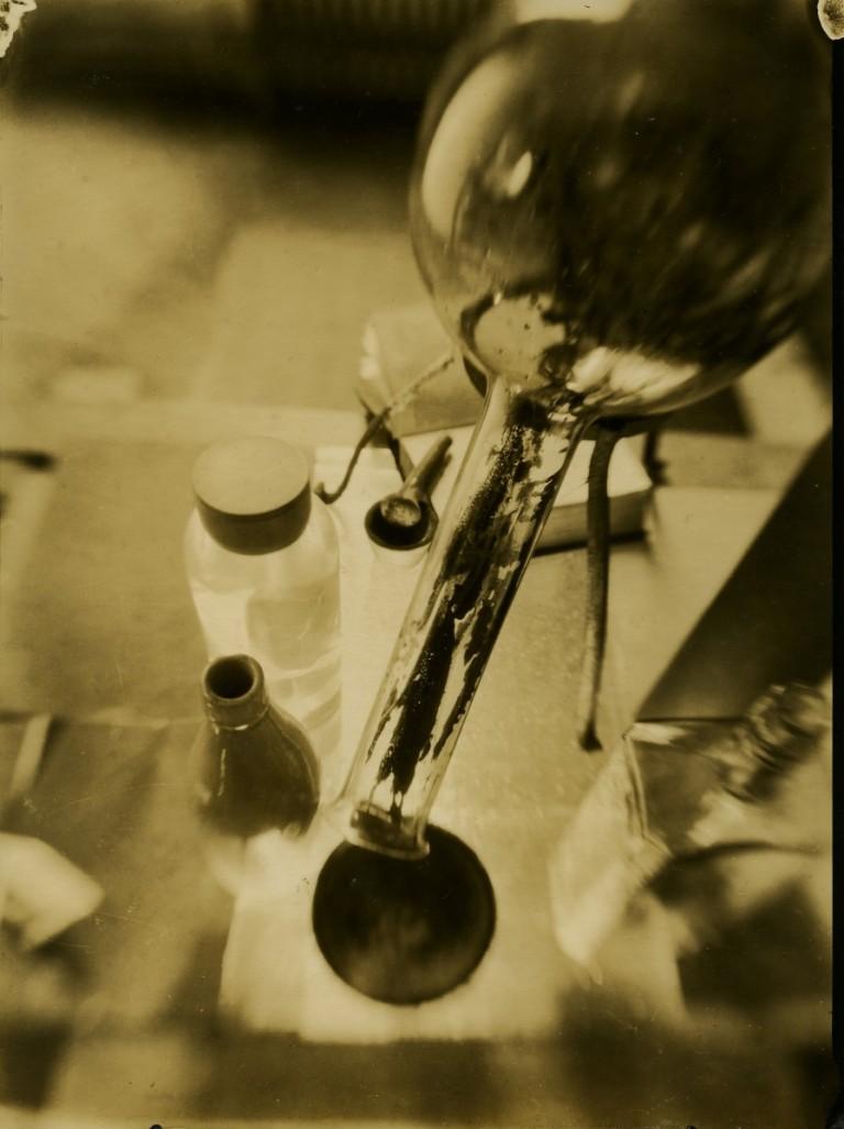 Horacio Coppola Composicion, 1927 Vintage silver gelatin print 17 x 22.6 cm