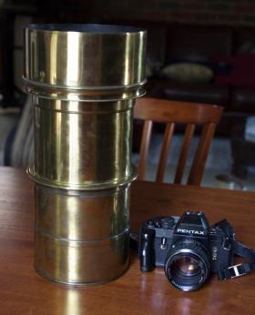 Jamin lens, showing scale. Photo Paul Ewins