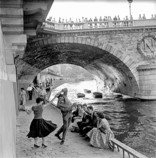 Paul Almasy (1956) Rock 'n Roll on the Seine.