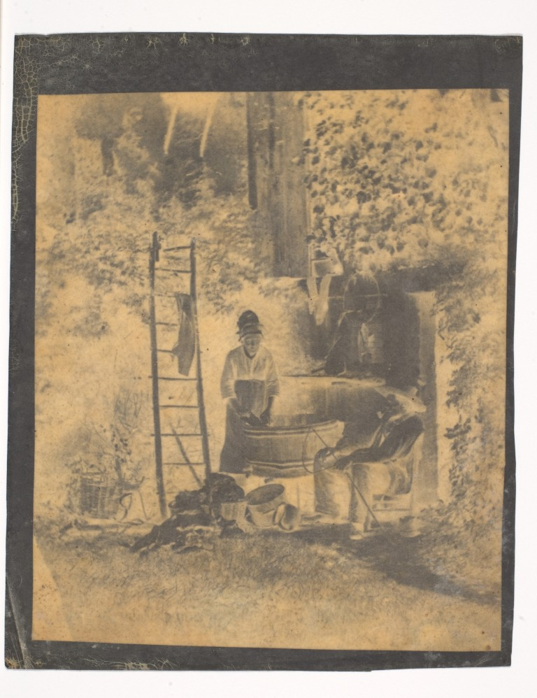 The Laundry Artist-Louis-Adolphe Humbert de Molard (French, Paris 1800–1874) Date-1840s Medium-Albumen paper negative Dimensions-Image- 5 13:16 × 5 5:16 in. (14.7 × 13.5 cm Gilman C