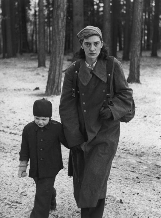 The photographer Hilmar Pabel captured this image of a refugee with her son in a forest near Potsdam at the end of the war.