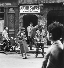 Paul Almasy (1960-1) Youth in front of a Dance Cellar