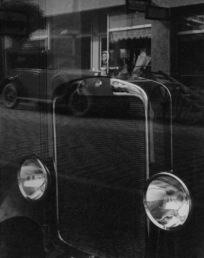 Jaromir Funke (c.1929) Reflexe