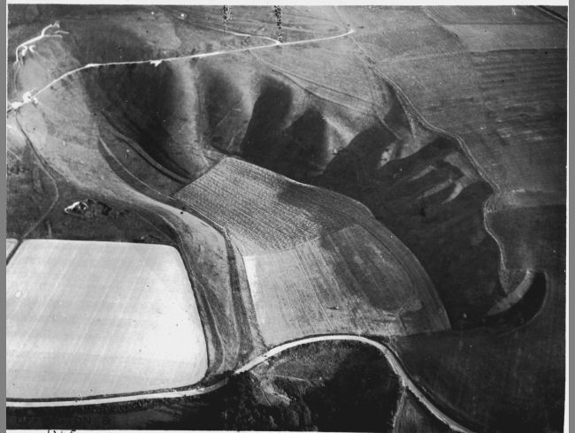 George Allen Uffington, Oxfordshire 1933, 12 August Black and white photograph Ashmolean Museum