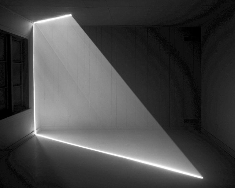 Shard of light« 2011, archival print on fibre paper, 122 x 152 cm