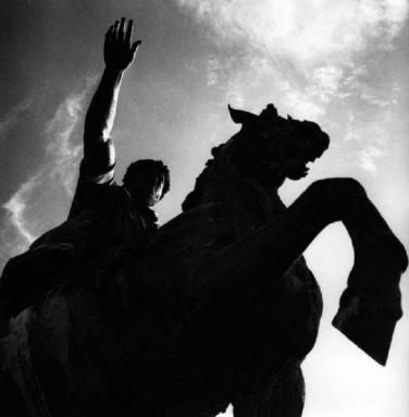 Franco Grignioni (1939) Il saluto coordinato – Roma, monumento equestre a Marco Aurelio