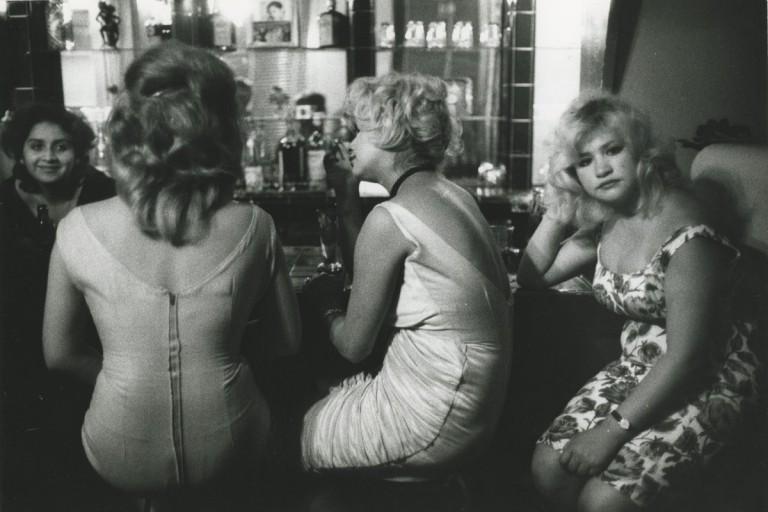 Bar Los Siete Espejos (Bar of Seven Mirrors), Valparaiso, Chili, 1963