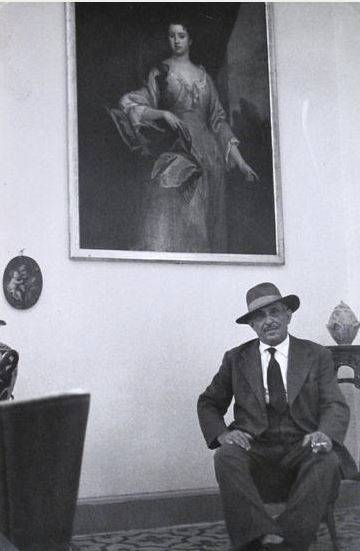 Genco Russo (Chef of the Mafia) at home, 1959