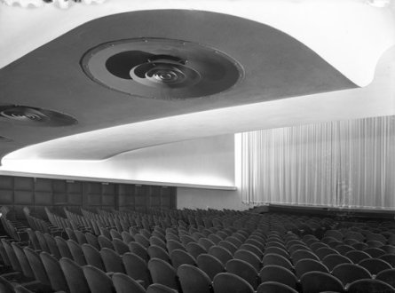 Eva Besnyö (1936) Grand Hotel and Theater Gooiland, design J. Duiker and B. Bijvoet, Hilversum