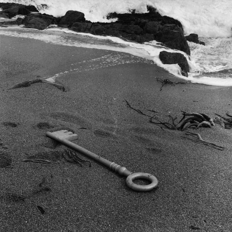 isla-negra-sergio-larrain-1957-near-house-of-pablo-neruda-house