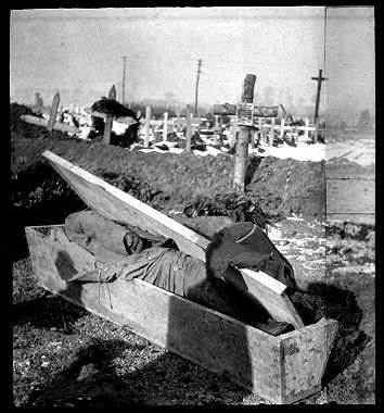 Eugen Heilig (1914) Dead soldier in Ypers, Belgium.