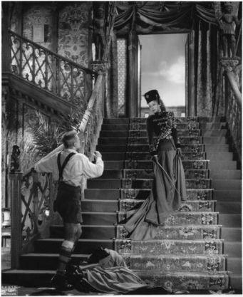 Raymond Voinquel, Jean Marais and Edwige Feuillere in L_Aigle à deux têtes directed by Jean Cocteau, 1948