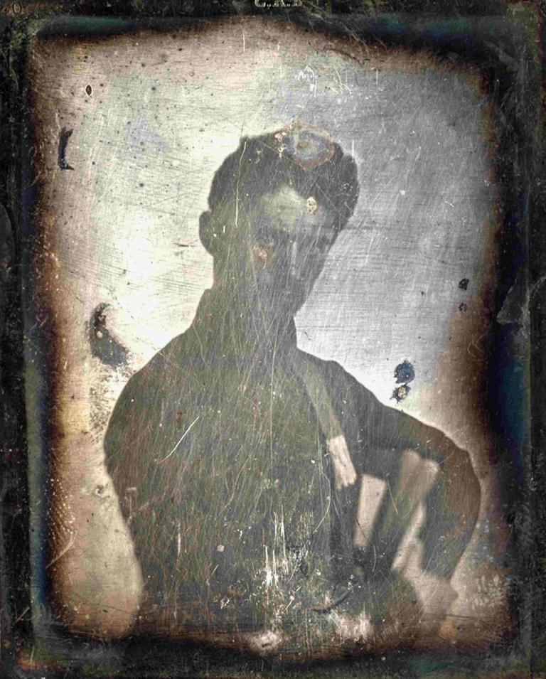 Formed around the original 1845-46 Daguerreotype condition before any enrichment plate [10] at the end of the 1970s,