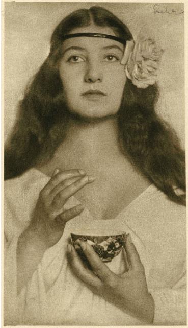 Károly Escher (1919) My Sister, bromoil 22x12.5cm