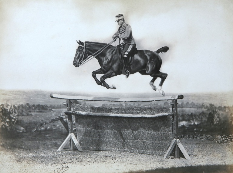 Le prince Murat montant Montjoye 1900 Boulogne-Billancourt © Collection France Galop.
