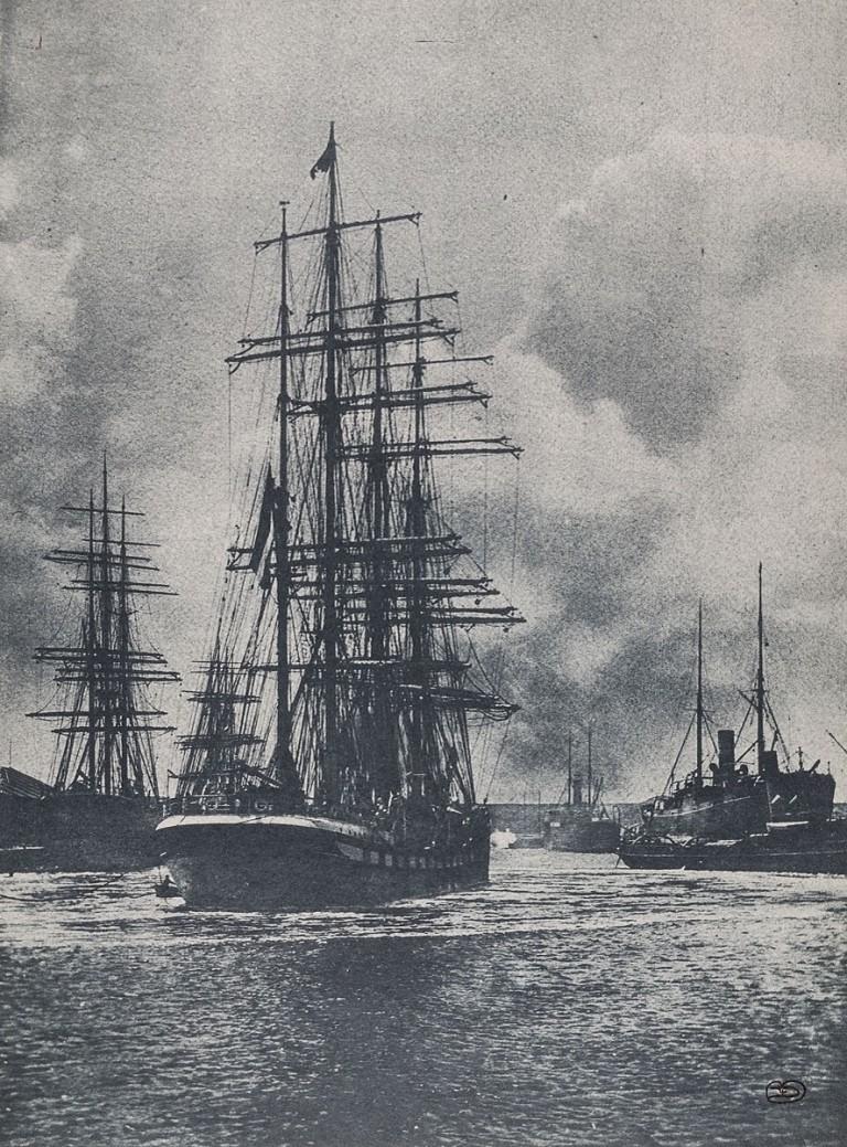 Pierre Dubreuil (c.1900) Vue de Port, 35,40x26,00 cm, Gum print Museum für Kunst und Gewerbe Hamburg