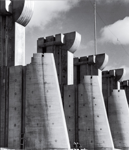 Margaret Bourke-White (1936) Fort Peck Dam