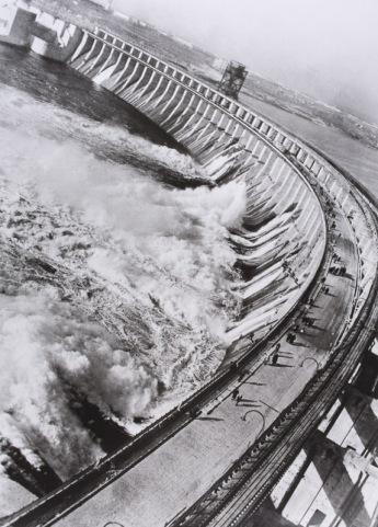 Max Alpert (1930) Dneipestroi Dam