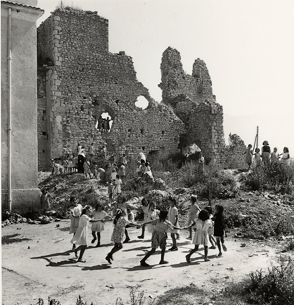 Chim Enfants ruines