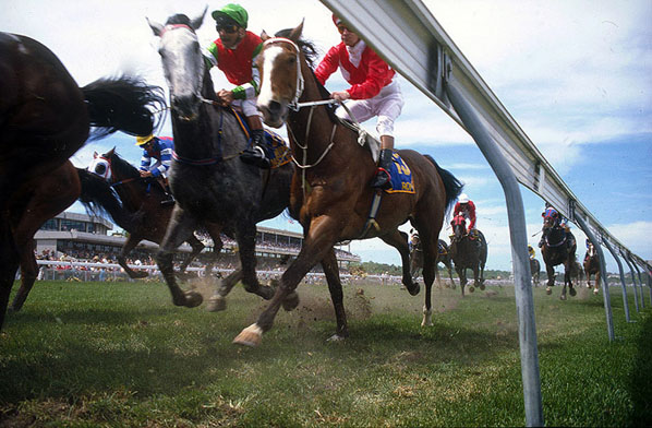 under_the_rails_melbourne_cup_1986