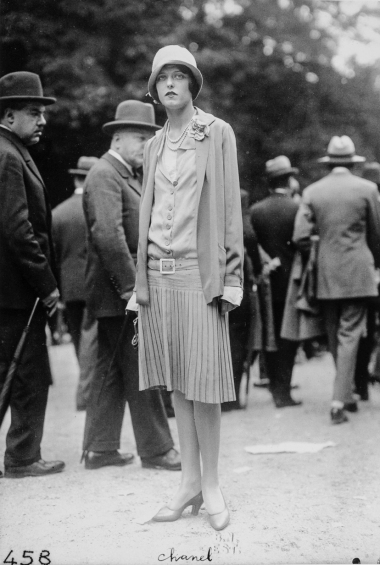 Séeberger Brothers (June 19, 1927) Yola Letellier, née Henriquez, who was Collette's inspiration for the character Gigi, at the Grand Steeplechase d'Auteuil