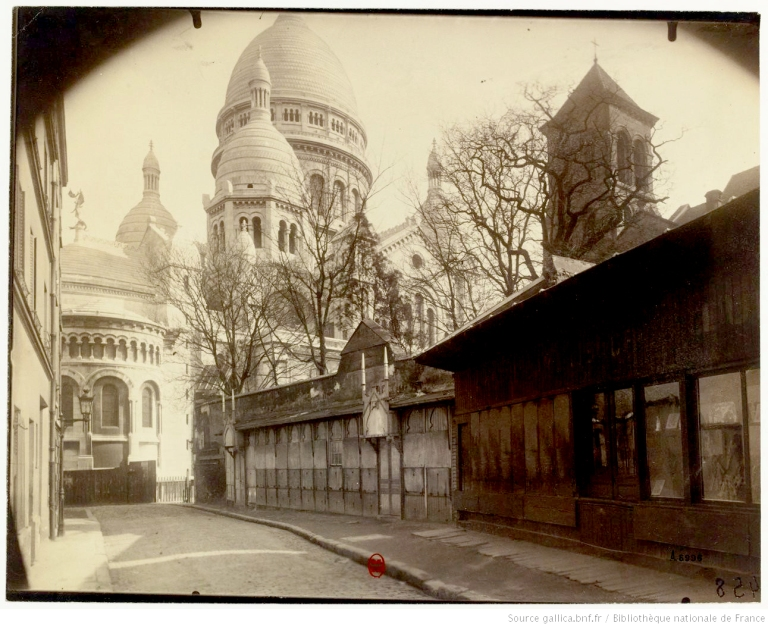 Montmartre___Rue_du_Chevalier_[...]Atget_Eugène_btv1b10519854b_1