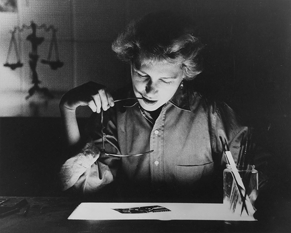 Arthur Lavine, Helen Gee retouching transparencies, 1955 Courtesy Collection Center for Creative Photography, The University of Arizona