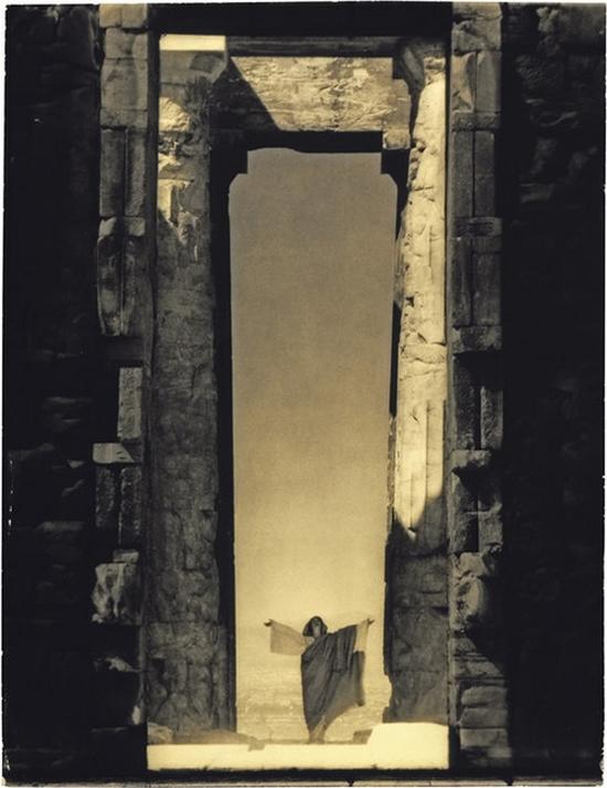 isadora-duncan-by-edward-steichen-1923