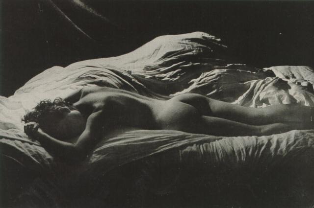 Nu , 1935 - 1935 Silver Print 19,5 x 29,1 cm